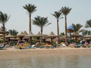 Смогут ли египетские власти снова заинтересовать туристов их России?
